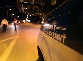 Policajti zachránili zraneného cyklistu