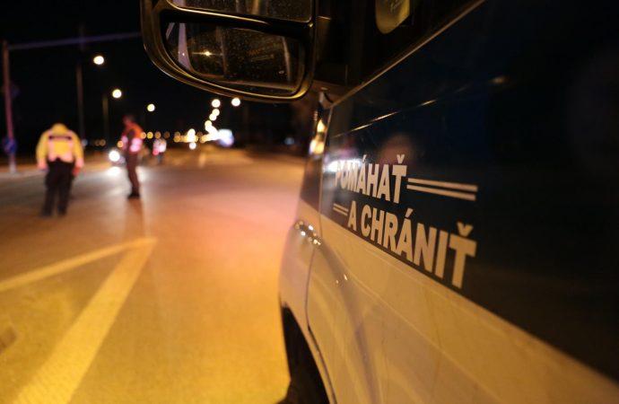 Mladík na Orave šoféroval pod vplyvom alkoholu, skončil v policajnej cele
