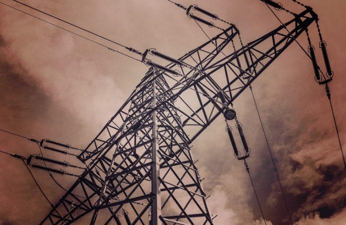 Obyvateľov Liptovských Revúc čaká vynútená odstávka elektriny
