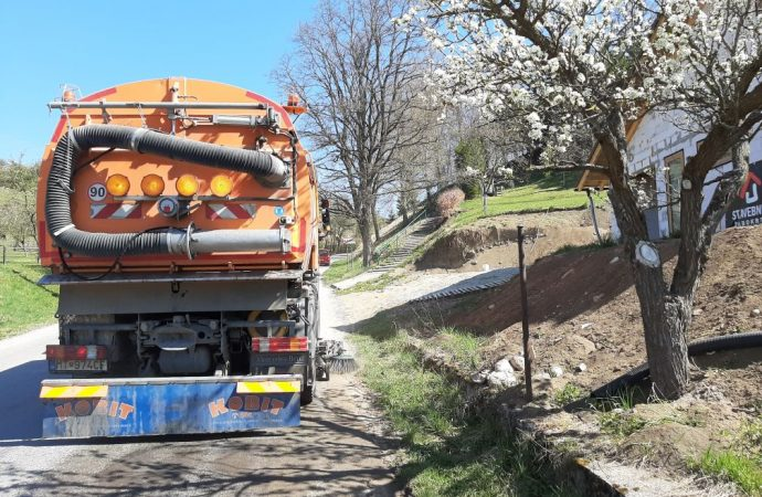 Jarné upratovanie na cestách v Žilinskom kraji