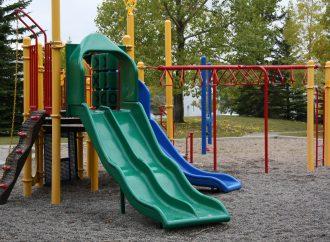 Mesto Ružomberok uzatvorilo detské ihriská