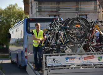 Za prvý víkend bolo prepravených cyklobusmi 105 bicyklov