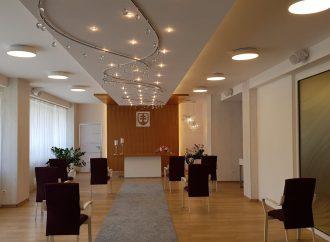 V obradnej sieni na pôde mestského úradu v Liptovskom Mikuláši môžu byť už aj svadobní hostia