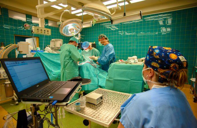 Univerzitná nemocnica Martin obnovuje plánované operácie