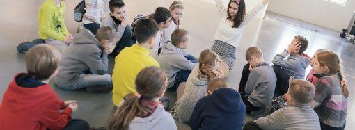 Žiakov v Kláštore pod Znievom prekvapili na online vyučovaní známe osobnosti