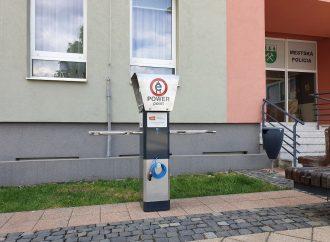 V Liptovskom Hrádku bola osadená nabíjacia stanica pre elektrobicykle