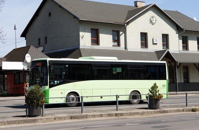 Autobusy prímestskej autobusovej dopravy v Liptovskom Hrádku budú od 1. júna jazdiť v štandardnom režime