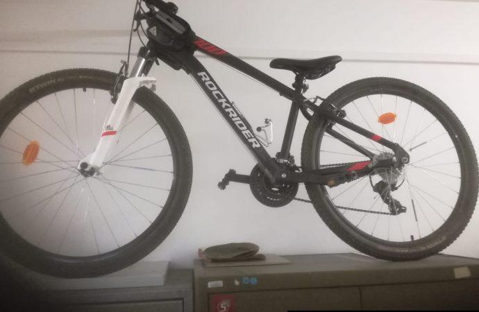 Polícia odhalila podozrivého páchateľa z krádeže bicyklov