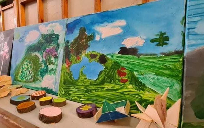 V Župnom dome v Liptovskom Mikuláši sa uskutočnila už tradičná výstava obrazov a drevených diel detí z Poľska