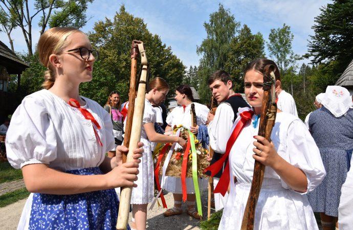 V Múzeu slovenskej dediny v Martine zažijete dožinkové slávnosti