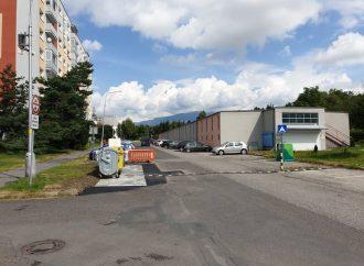 V meste Liptovský Mikuláš pribudli nové kontajnerové státia
