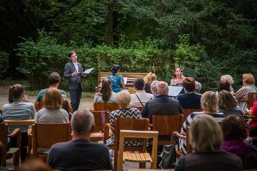 ROZHOVOR: Klasika na scéne priniesla do záhrady SNM ďalší koncert