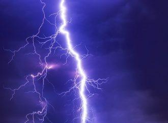 V okrese Žilina platí výstraha 2. stupňa pred búrkami