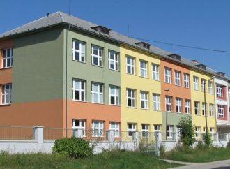 Otvorenie školského roka na ZŠ s MŠ Ondreja  Štefku vo Varíne