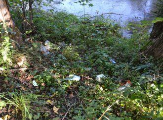 Obyvatelia Turzovky spojili sily a vyčistili mesto od odpadkov