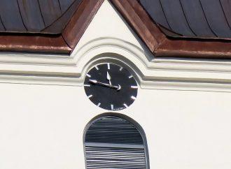Vežové hodiny vo Valči majú 133 rokov