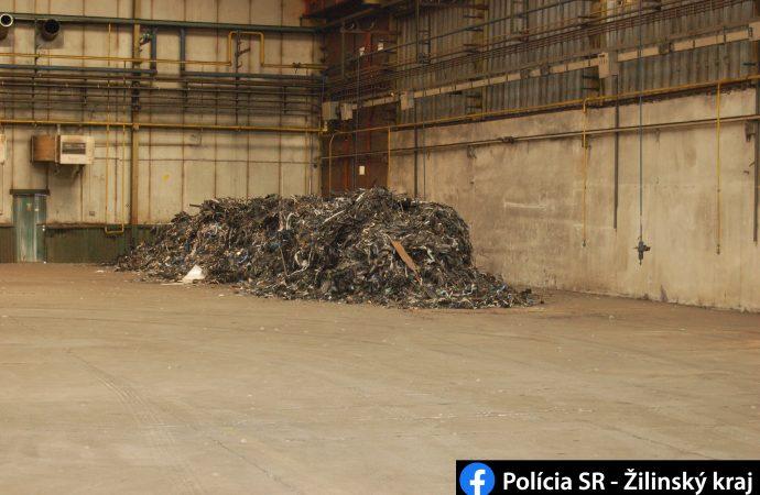 Martinskí policajti odhalili skládku nelegálneho odpadu vMartine