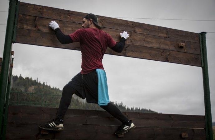 V Krásne nad Kysucou sa konal nultý ročník pretekov v extrémne prekážkovom behu Goralman