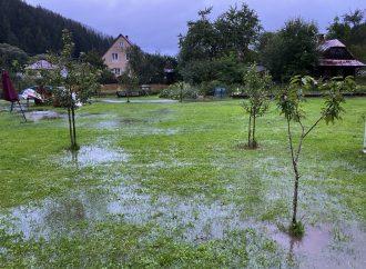 Vo Vysokej nad Kysucou zaplavil Gajdicovský potok úrodu i pivnice