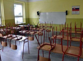 Aj žiaci 1.stupňa na ZŠ Stará Bystrica prejdú na dištančnú formu vyučovania