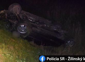 Pri obci Ďanová došlo k stretu vozidla so zverou, polícia vyzýva na opatrnosť