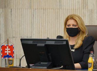 Prezidentka Zuzana Čaputová telefonovala s primátorkou Trstenej aj so starostom Malatinej