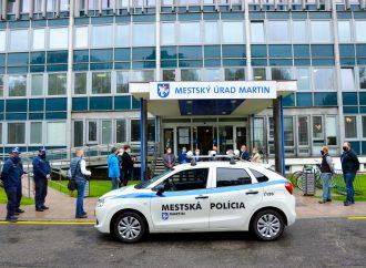 Mestská polícia v Martine testuje najmodernejšiu technológiu on-line kontroly parkovania
