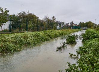 VBytčici naďalej trvá tretí stupeň povodňovej aktivity, hasiči odstraňujú následky záplav