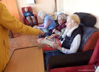 Seniorom v domove sociálnych služieb v Tepličke nad Váhom prišli milé pozdravy