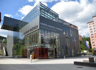 Katolícka univerzita prechádza na dištančnú výučbu