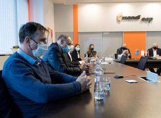 Mesto Ružomberok a papierne podpísali zmluvu o vzájomnej spolupráci