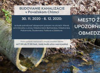 S prácami na budovaní kanalizácie v Považskom Chlmci sa pokračuje aj v tomto týždni