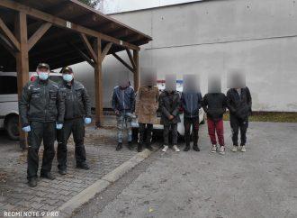 V Čadci polícia zadržala šesť cudzincov