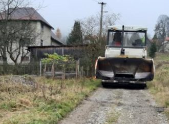 V obci Zákopčie zrekonštruovali miestne komunikácie