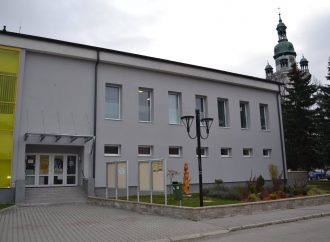 Mesto Trstená použilo časť ušetrených peňazí na renováciu Domu kultúry