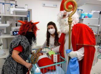 Mikuláš na deti v martinskej nemocnici ani tento rok nezabudol