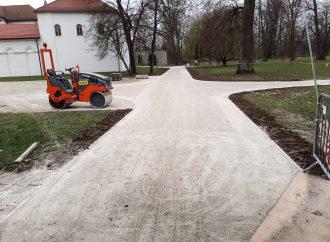 Nové chodníky v Budatínskom parku