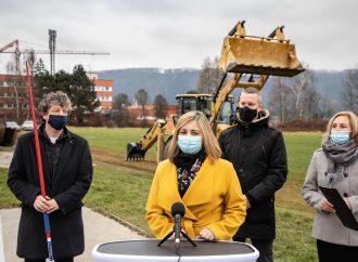 Začína sa výstavba multifunkčného športového areálu v Žiline