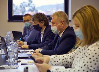 Krajskí poslanci schválili kľúčový dokument na rok 2021
