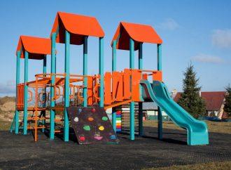 Mesto Trstená obnovilo detské ihriská