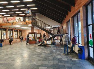 Železničná stanica v Liptovskom Mikuláši bude v noci dočasne zatvorená