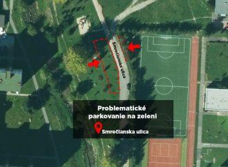 V Liptovskom Mikuláši riešia problém s parkovaním na zeleni