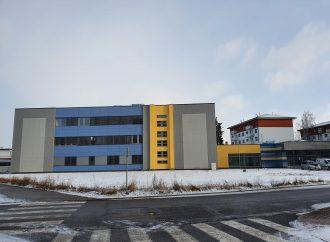 Budova Strednej zdravotníckej školy v Liptovskom Mikuláši sa zmenila na nepoznanie