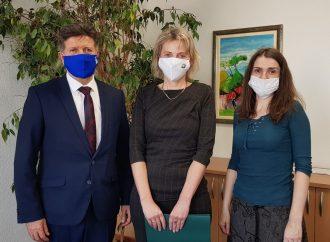 Na riadenie školy v Okoličnom je poverená Zuzana Pavelicová