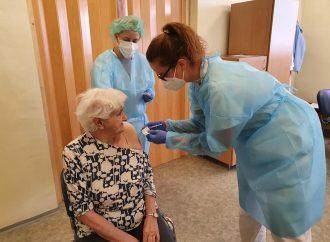V Zariadení pre seniorov a domove sociálnych služieb mesta Liptovský Mikuláš proti COVID-19 zaočkovali 27 klientov