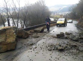 Cesta medzi Mokraďou a Bzinami zostane po uvoľnení brala uzatvorená