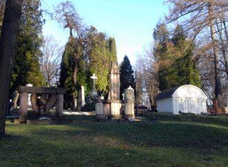 Michal Uherčík, poslanec MsZ: Národný cintorín je len jeden