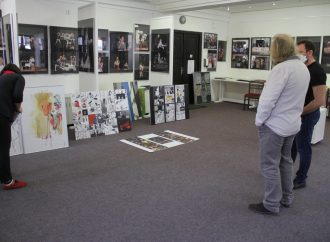 Vo výstavných priestoroch Liptovského kultúrneho strediska v Liptovskom Mikuláši sa konal Jarný salón