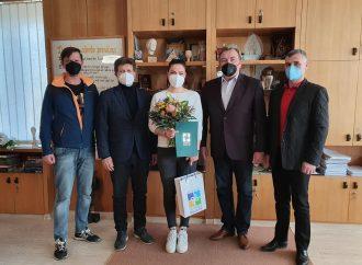 Predstavitelia mikulášskej radnice privítali lyžiarku Martinu Dubovskú