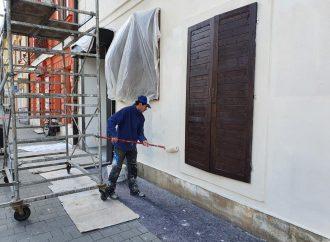 Fasáda na objekte Národnej kultúrnej pamiatky Čierny orol v Liptovskom Mikuláši bude opravená